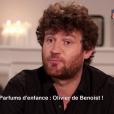 """Olivier de Benoist raconte son enfance pour la chronique de Danielle Moreau dans """"C'est au programme"""", présenté par Sophie Davant, le 17 octobre 2017 sur France 2."""
