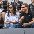 Le prince Harry et Meghan Markle en couple dans les tribunes de la finale de tennis des 3e Invictus Games à Toronto, au Canada, le 25 septembre 2017.