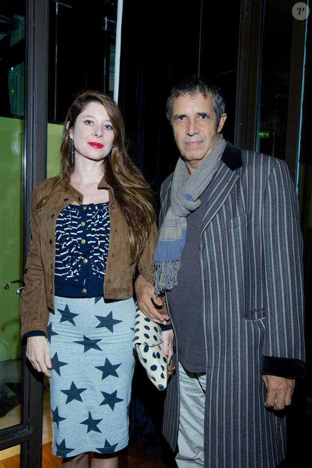 """Exclusif - Julien Clerc et sa femme Hélène Gremillon - Avant-première du film """"Les Garcons et Guillaume, à table !"""" de Guillaume Gallienne à Paris. Le 4 octobre 2013."""