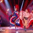 """Arielle Dombasle et Maxime Dereymez - Danse avec les stars 8"""" sur TF1. Le 28 octobre 2017."""