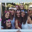 Jeny Priez, enceinte de son premier enfant avec Luka Karabatic, entourée de ses amies pour sa babyshower fin juillet 2017 à Montpellier. Photo Instagram Jeny Priez.