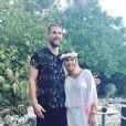 Jeny Priez, enceinte de son premier enfant, avec son compagnon Luka Karabatic lors de sa babyshower fin juillet 2017. Photo Instagram Jeny Priez.