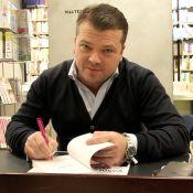 Jean-Baptiste Iosca : Séance de dédicaces conviviale pour l'avocat spécialisé