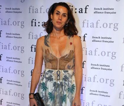 Charlotte Bernard (ex-Sarkozy) : Canon en Dior, elle applaudit Sidney Toledano