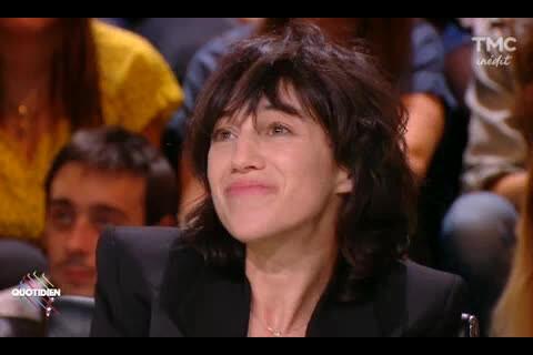"""Charlotte Gainsbourg, sa mère Jane Birkin : """"J'avais peur de la brutaliser..."""""""
