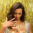 """Lais Ribeiro porte le """"Champagne Nights Fantasy Bra"""" de Victoria's Secret. New York, le 1er novembre 2017."""