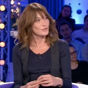 """Carla Bruni interviewée par Valérie Trierweiler ? """"Avec grand plaisir"""""""