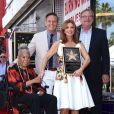 Mark Burnett, Roma Downey, Della Reese - Roma Downey reçoit son étoile sur le Walk of Fame à Hollywood, le 11 août 2016
