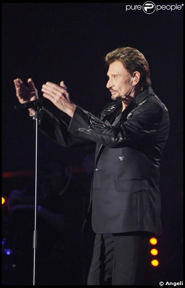 Johnny Hallyday aux 24e Victoires de la Musique : une Victoire d'honneur et un live... en famille !