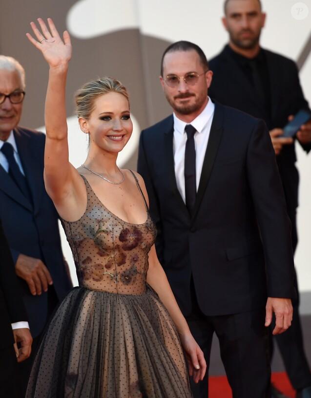 Jennifer Lawrence et Darren Aronofskyà la 74ème édition de la Mostra de Venise, le 5 septembre 2017.