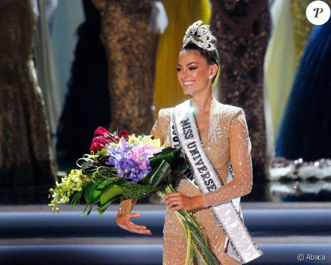 Finale Miss Univers 2018 >> Miss Afrique du Sud, Demi-Leigh Nel-Peters, est couronnée Miss Univers 2017 - Finale du concours ...