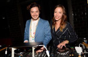 Dounia Coesens (Plus belle la vie), ravissante DJ pour une soirée branchée