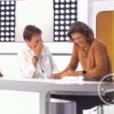 Fou rire dans Télématin après un lapsus de Charlotte Bouteloup. Le 28 octobre 2017 sur France 2.