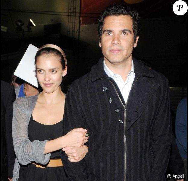 Jessica Alba et son mari Cash Warren à la première de Watchmen