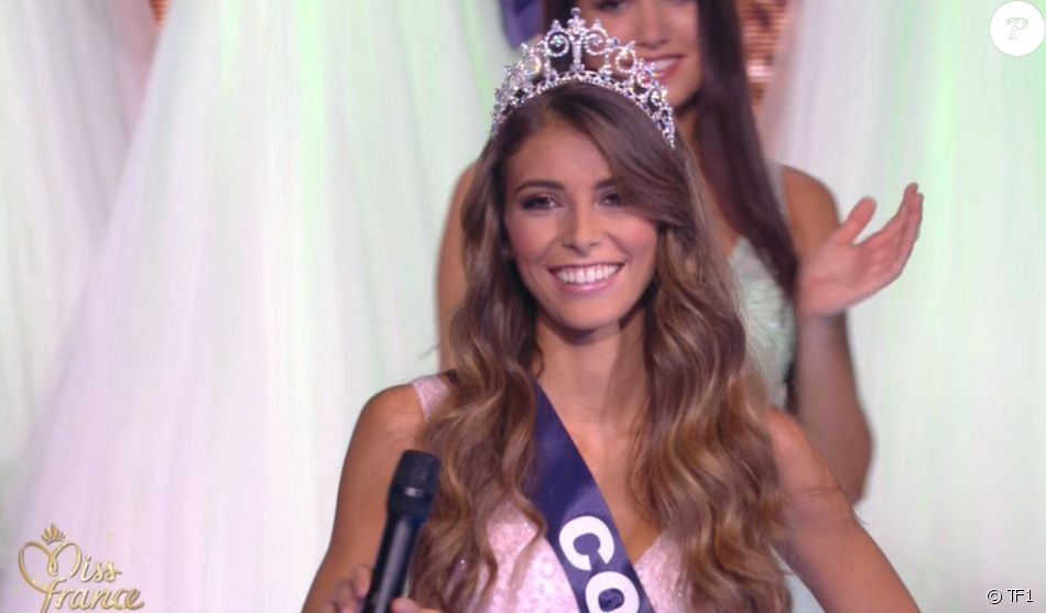 Miss Corse   Eva Colas demi-finaliste - Concours Miss France 2018. Sur TF1,  le 16 décembre 2017. e9ecb513002
