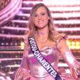 Miss Poitou-Charentes : Ophélie Forgit en tenue de fête de la musique - Concours Miss France 2018. Sur TF1, le 16 décembre 2017.