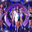 en tenue de fête de la musique - Concours Miss France 2018. Sur TF1, le 16 décembre 2017.