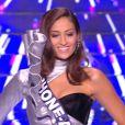 Miss Rhône-Alpes : Dalida Benaoudia en tenue de fête de la musique - Concours Miss France 2018. Sur TF1, le 16 décembre 2017.