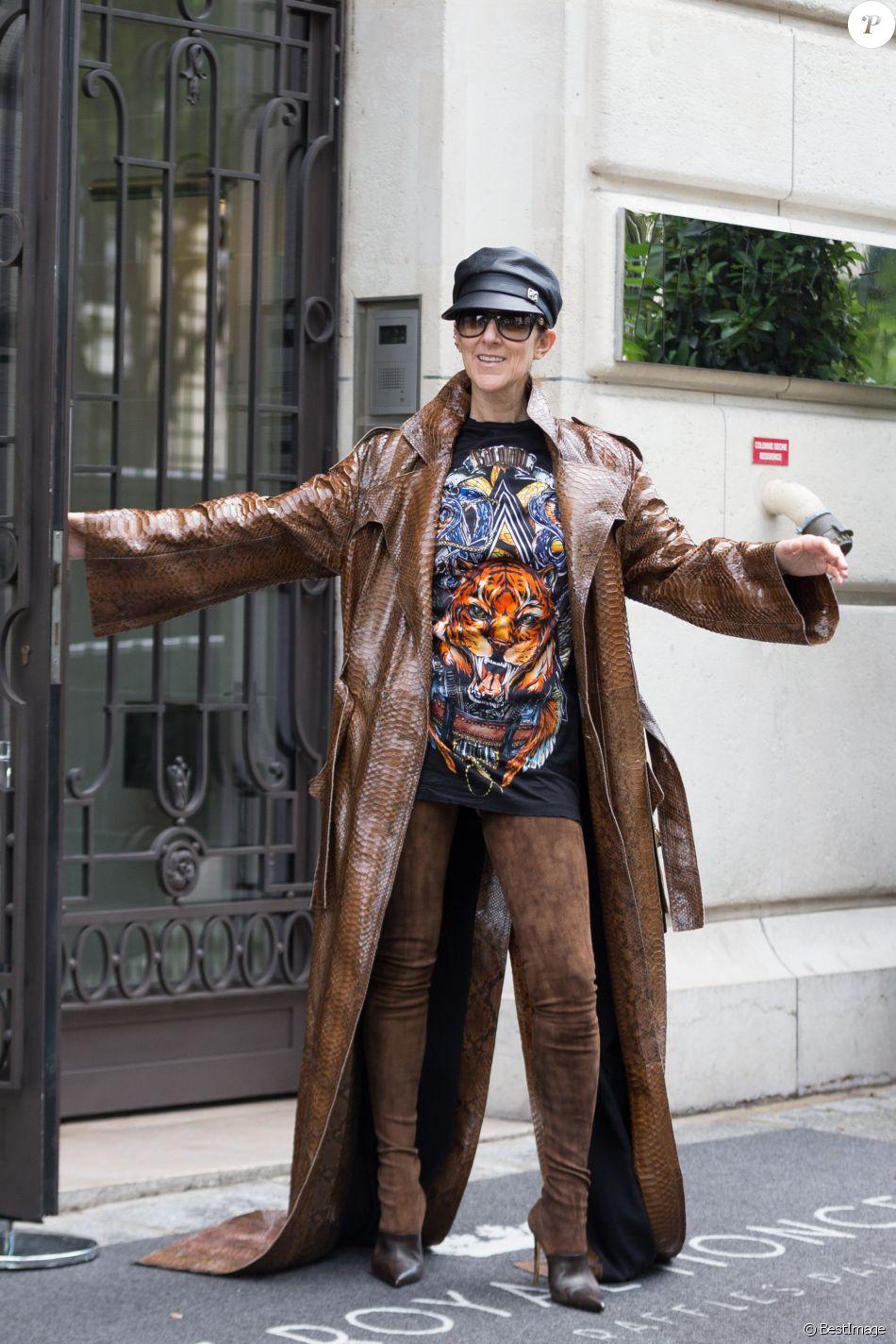 Céline Dion quitte l'hôtel Royal Monceau, à Paris, le 28 juin 2017. © Bestimage