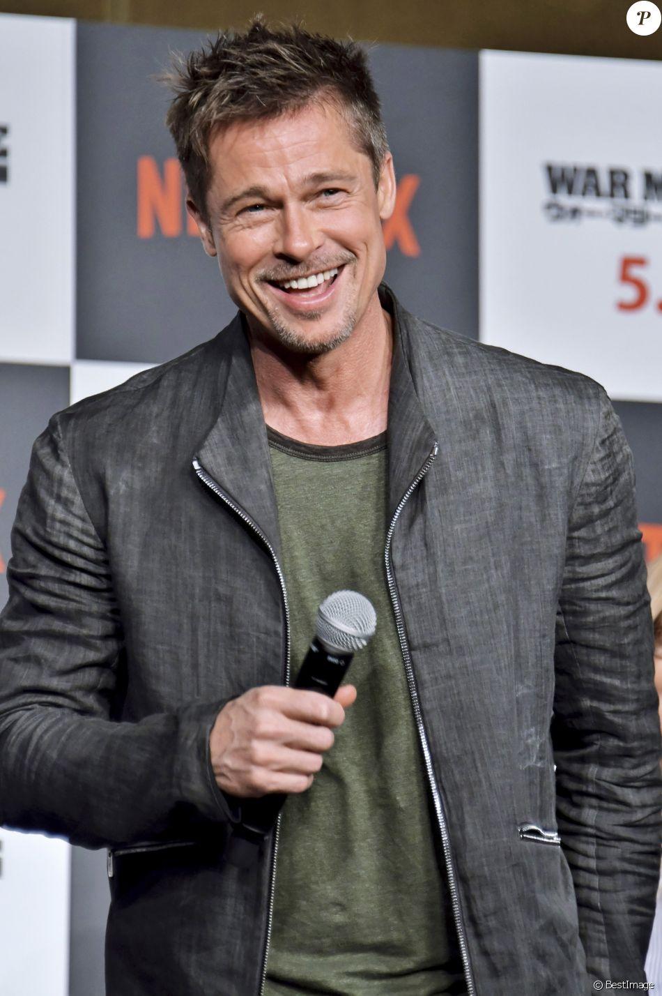 """Brad Pitt à la conférence de presse de """"War Machine"""" à l'hôtel Ritz-Carlton à Tokyo, le 21 mai 2017."""