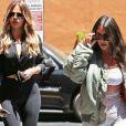 Kim Kardashian et Khloe Kardashian sont allées déjeuner au restaurant Chin Chin à Studio City, le 26 juillet 2017