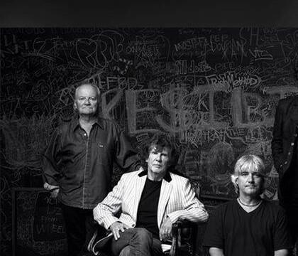 Jim Rodford: Mort du musicien des Zombies et des Kinks, tombé dans les escaliers