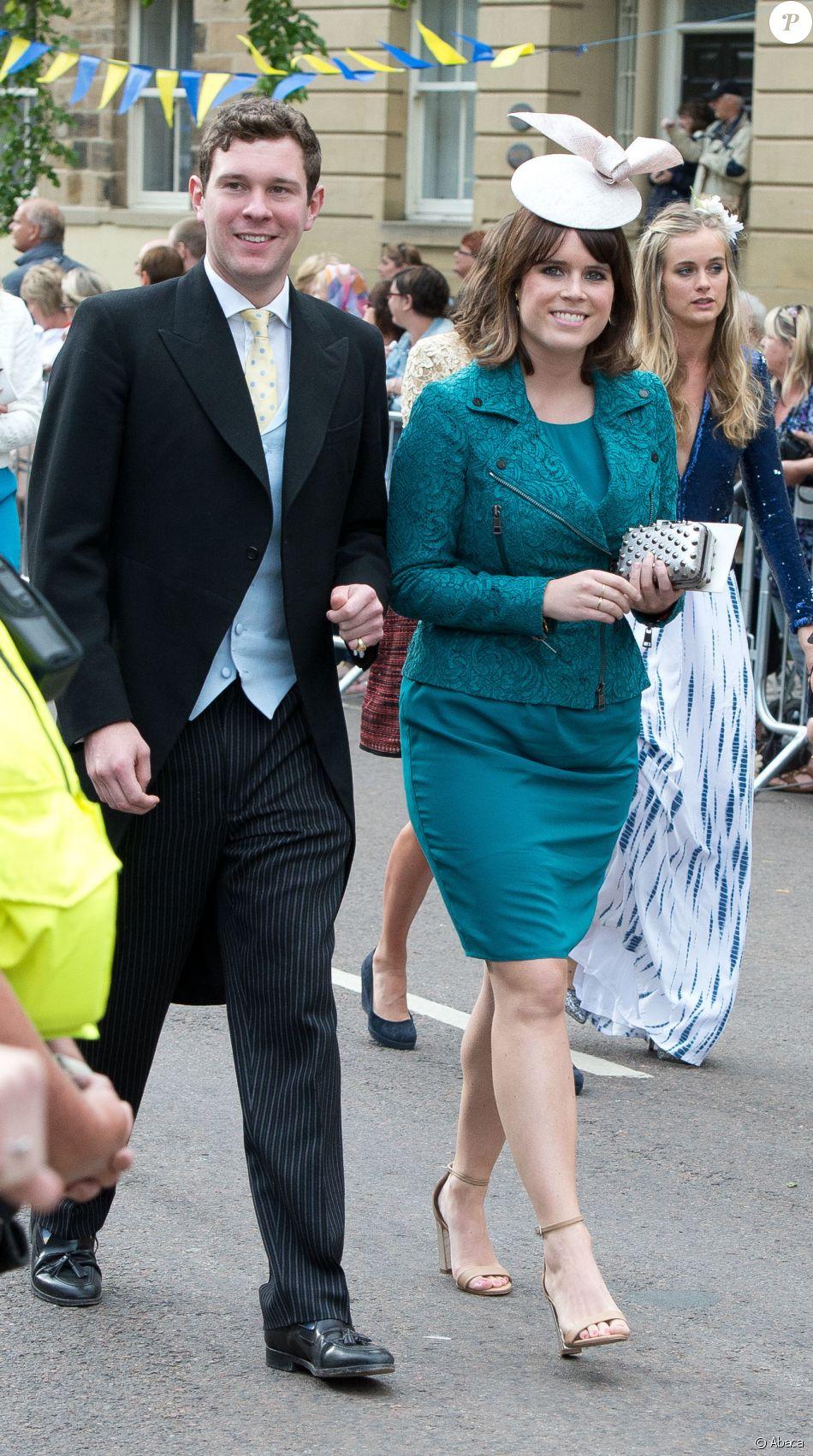 La princesse Eugenie d\u0027York et son compagnon Jack Brooksbank au mariage de  Thomas Van Straubenzee et Melissa Percy en juin 2013.