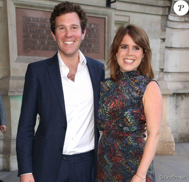 """Jack Brooksbank et la princesse Eugenie d'York à la Summer Party """"Victoria and Albert Museum"""" à Londres, le 21 juin 2017. La princesse Eugenie et Jack se sont fiancés en janvier 2018 au Nicaragua et leur mariage sera célébré à Windsor à l'automne 2018, a révélé Buckingham Palace le 22 janvier 2018."""