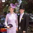 Par contre, en 2002 aux courses d'Ascot, rendez-vous du gratin de la haute société britannique, Zara a eu... Une mauvaise inspiration sur sa tenue. Etait-ce l'influence de son boyfriend jockey de l'époque, cravate assortie à la robe de sa belle ?<br