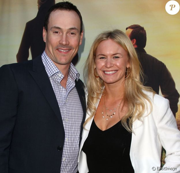 """Laina Rose Thyfault et son fiancé Chris Klein - Avant-première du film """"Where Hope Grows"""" à Hollywood, le 4 mai 2015."""