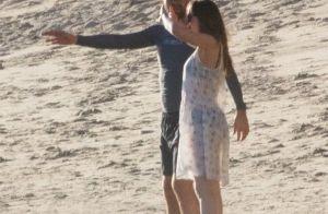 Dakota Johnson en couple avec Chris Martin : Son père Don confirme et valide !