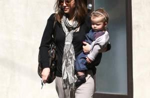 Jessica Alba : une super maman sportive et... elle le prouve !