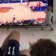 Antoine Griezmann avec sa fille Mia pour un dimanche de détente en famille. Photo postée sur Instagram le 5 février 2017.