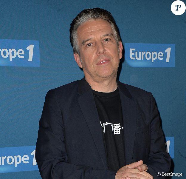 """Philippe Vandel à la conférence de presse de la rentrée du pôle radio """"Europe 1, RFM et Virgin Radio"""" au Lagardère Paris Racing à Paris, le 12 septembre 2017. © Ramsamy Veeren/Bestimage"""