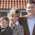 La famille royale des Pays-Bas très impliquée dans le Make A Difference Day : le prince Constantijn et sa femme Laurentien avec leur fils Claus Casimir