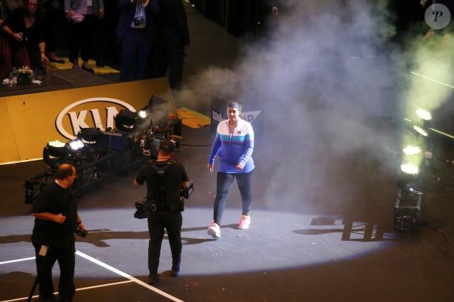 Marion Bartoli a fait son retour lors du mini-tournoi d'exhibition Tie Break Tens au Madison Square Garden à New York City, le 5 mars 2018, s'inclinant contre Serena Williams (10-6). Mais heureuse.