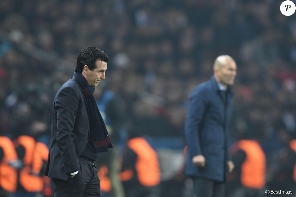 L'entraineur du PSG Unai Emery et l'entraineur du Real Madrid Zinédine Zidane lors du huitième de finale retour de Ligue des Champion, du Paris Saint-Germain contre le Real Madrid au parc des Princes à Paris, France, le 6 mars 2018. Le Real Madrid a gagné 2-1. © Rachid Bellak/Bestimage
