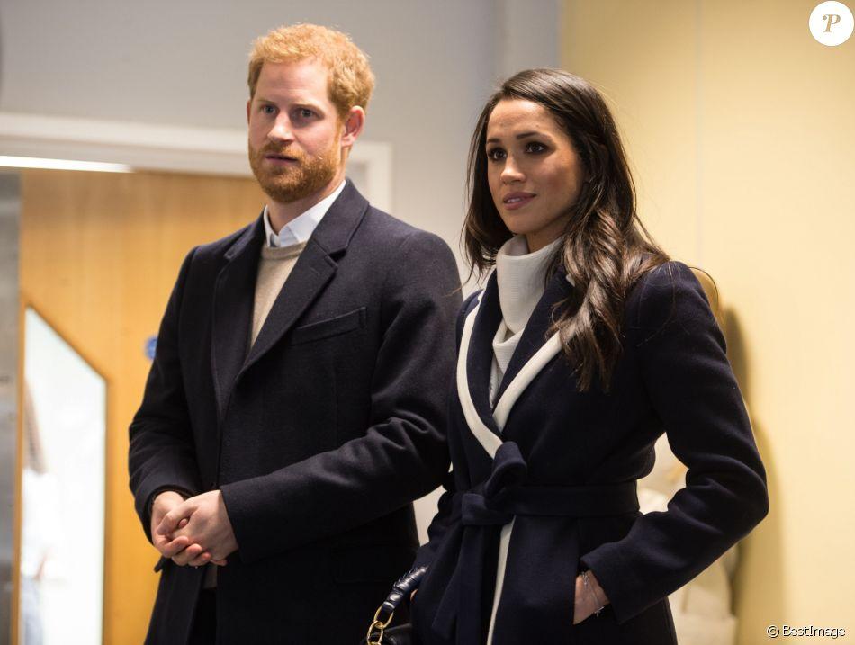 Prince Harry & Meghan Markle  - Page 2 3913078-le-prince-harry-et-sa-fiancee-meghan-mar-950x0-1