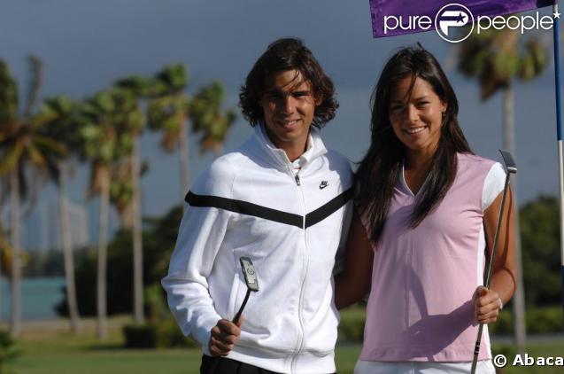 Rafael Nadal et Ana Ivanovic font un tournoi de golf, à Key Biscayne, au large de Miami. 24/03/2009