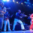 Emir Kusturica sur scène avec le No Smocking Orchestra
