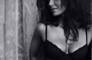 La superbe Padma Lakshmi... sait mettre en valeur la lingerie comme personne !