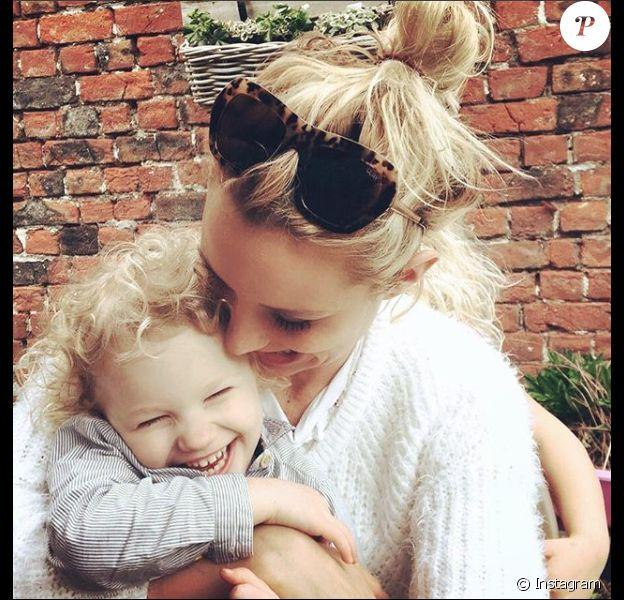 Elodie Gossuin et sa cadette Joséphine, le 9 avril 2018.