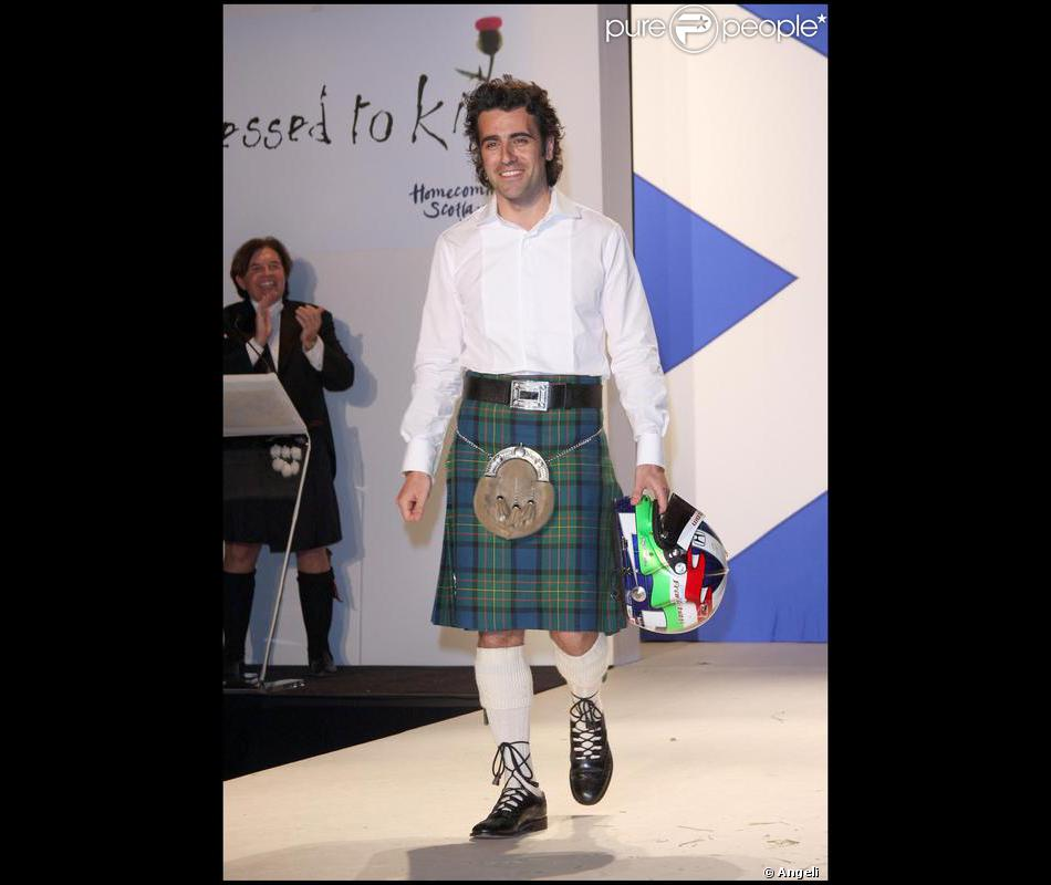 dario franchitti un pilote cossais automobile lors de la soir e de charit dress to kilt. Black Bedroom Furniture Sets. Home Design Ideas