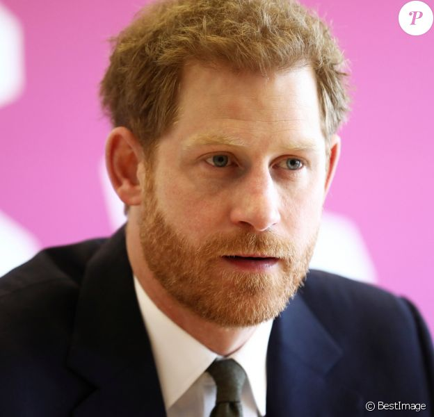 Le prince Harry lors du Commonwealth Youth Forum à Londres le 16 avril 2018, au centre de conférences Reine Elizabeth II.