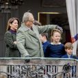 Le prince Henrik de Danemark le 16 avril 2017 au balcon du palais de Marselisborg près d'Aarhus pour le 77e anniversaire de son épouse la reine Margrethe II de Danemark. Le prince est décédé le 13 février 2018.