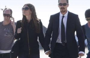 Christian Bale : fou amoureux de... sa jolie épouse Sandra Blazic ! Regardez !