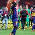 Gerard Piqué avec ses fils Milan et Sasha - Les joueurs du FC Barcelona et leurs familles célèbrent la victoire de la finale de la Coupe du Roi au Wanda Metropolitano de Madrid, Espagne, le 21 avril 2018.