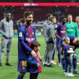Lionel Messi avec son fils Thiago - Les joueurs du FC Barcelona et leurs familles célèbrent la victoire de la finale de la Coupe du Roi au Wanda Metropolitano de Madrid, Espagne, le 21 avril 2018.