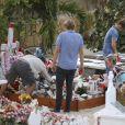Jean-Pierre Millot, Laeticia Hallyday, sa fille Jade et la nounou Sylviane - Laeticia Hallyday, ses filles Jade et Joy et Sylviane (la nounou) sont allées se recueillir sur la tombe de J.Hallyday au cimetière marin de Lorient à Saint-Barthélemy, le 20 avril 2018.