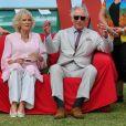 Le prince Charles et Camilla Parker Bowles en visite au village des athlètes des 21ème Jeux du Commonwealth sur la Gold Coast en Australie, le 5 avril 2018.